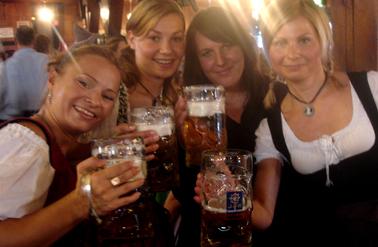 Brindis en el Oktoberfest de Munich