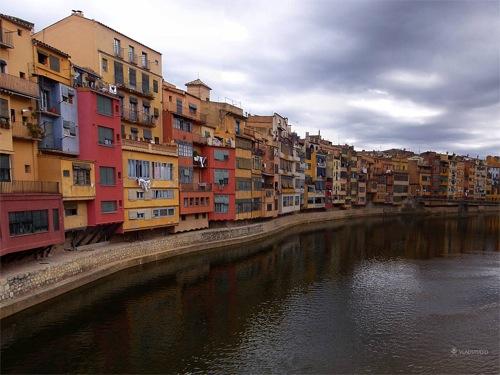 Girona, de Vladstudio