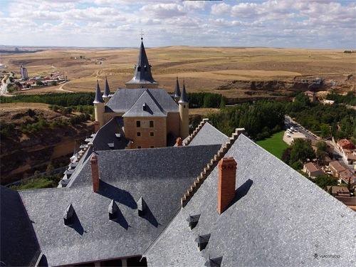 Segovia, de Vladstudio