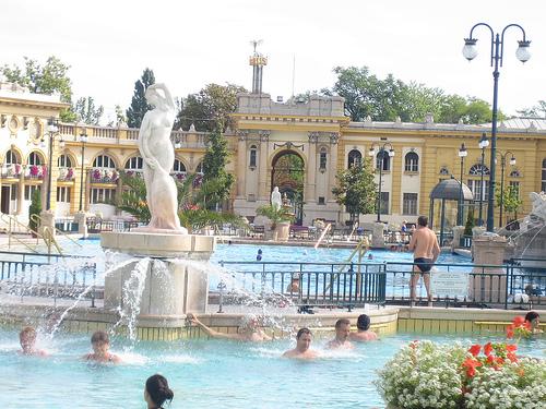 Baños Romanos Budapest:Fuentes termales y balnearios de Budapest