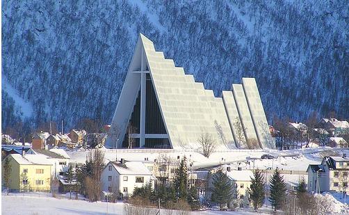 Ishavskatedralen en Tromso