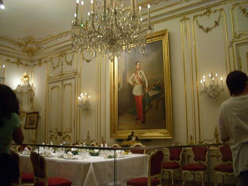 Comedor real en el Palacio de Schönbrunn
