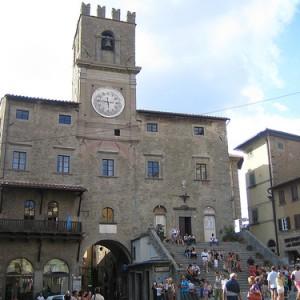 Prepara tu viaje a Cortona