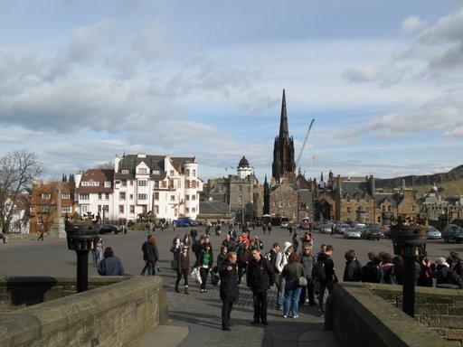 La esplanada del castillo de Edimburgo y la Royal Mille