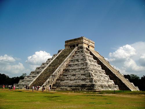 La pirámide el Castillo de Chichen Itzá