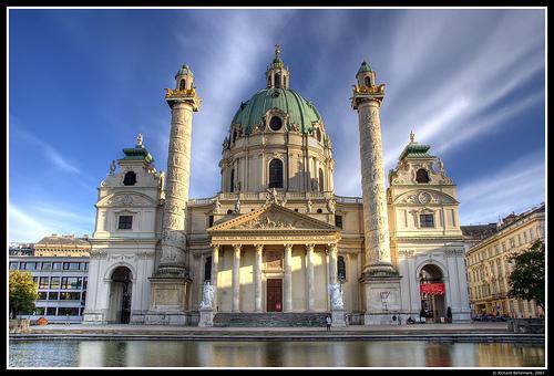 Iglesia Karlskirche en Vienna