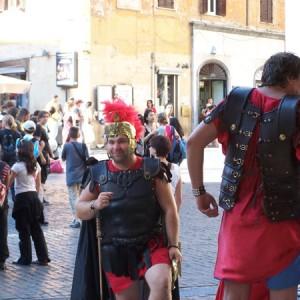 Los gladiadores a la búsqueda de turistas