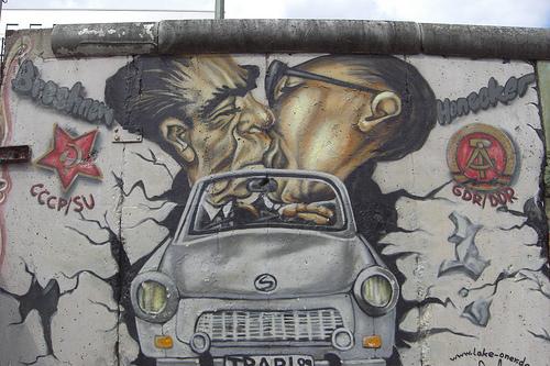 El muro de Berlín en East Side Gallery