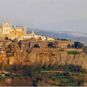 Prepara tu viaje a Orvieto, en Italia