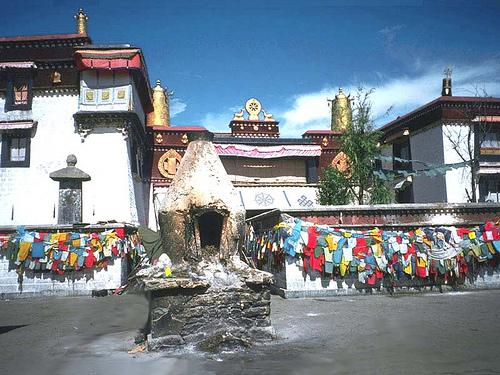 Templo en Lhasa (Tibet)