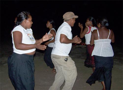 Bailes en Belen (La Moskitia) @3viajes