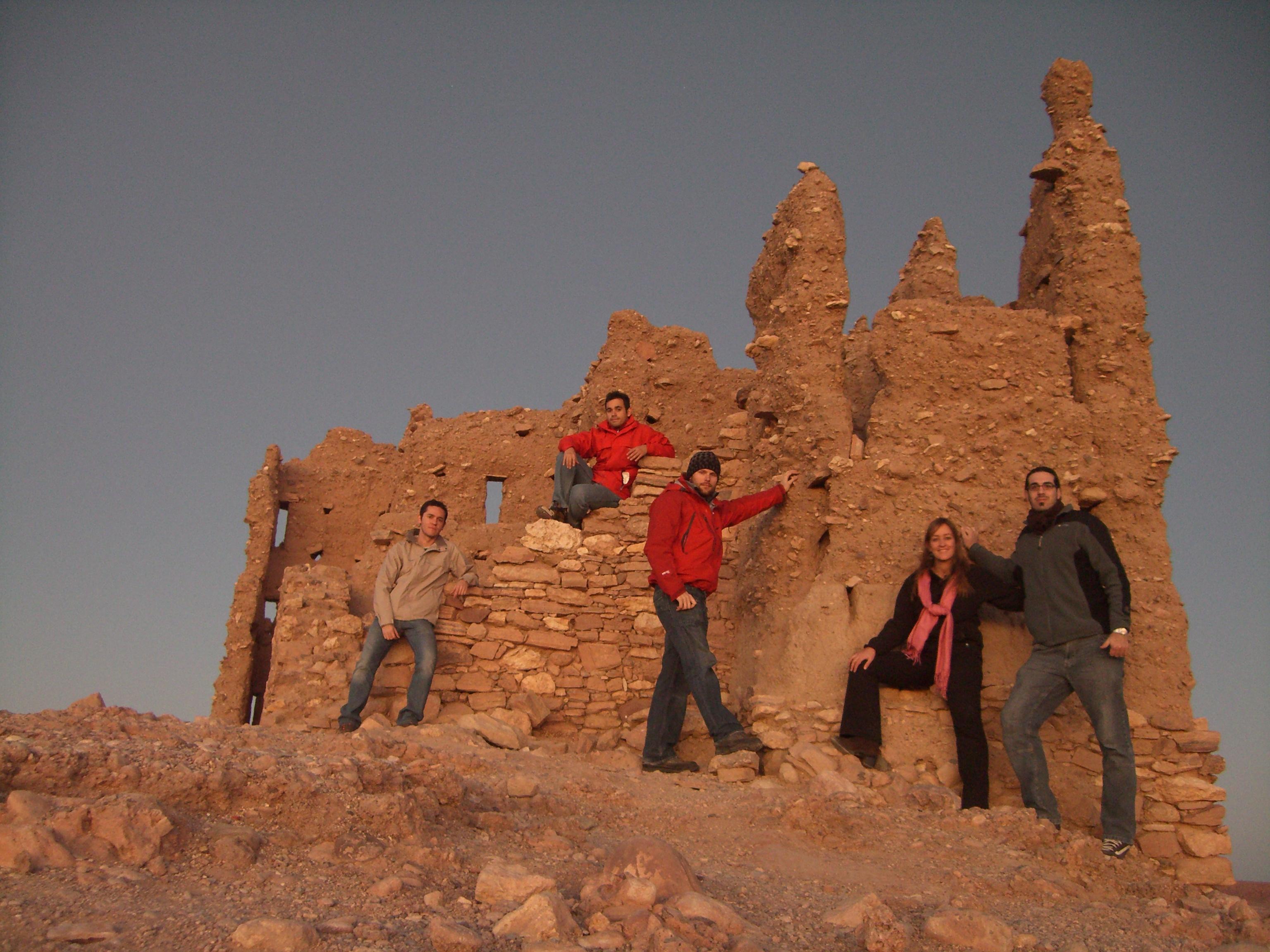 En la cima de Ait Benhaddou
