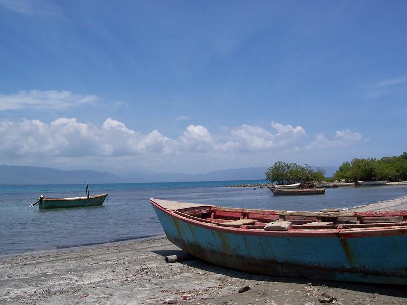 Barcas de pesca en Azua