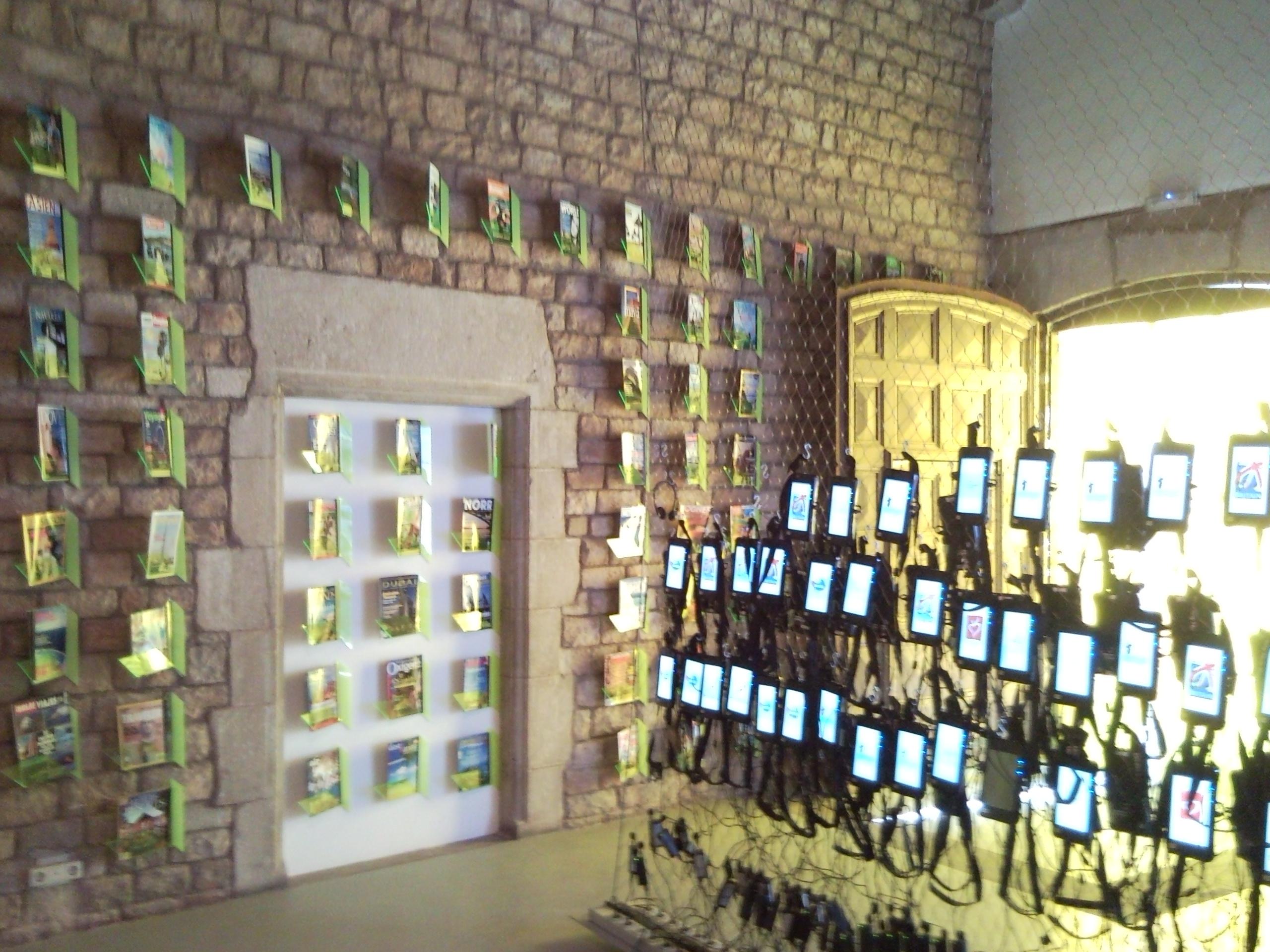 Entrada de la exposición Turismo, espacios de ficción