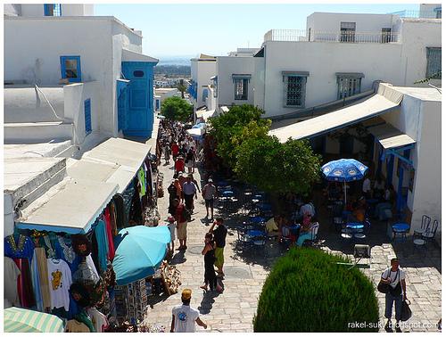 Paseando por un zoco tunecino @Jesús Romero