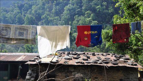 Camiseta del Barça en Nepal @ xavierverdaguer.com