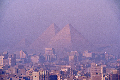 El Cairo y las pirámides de Gizah. Clickar para ver más grande