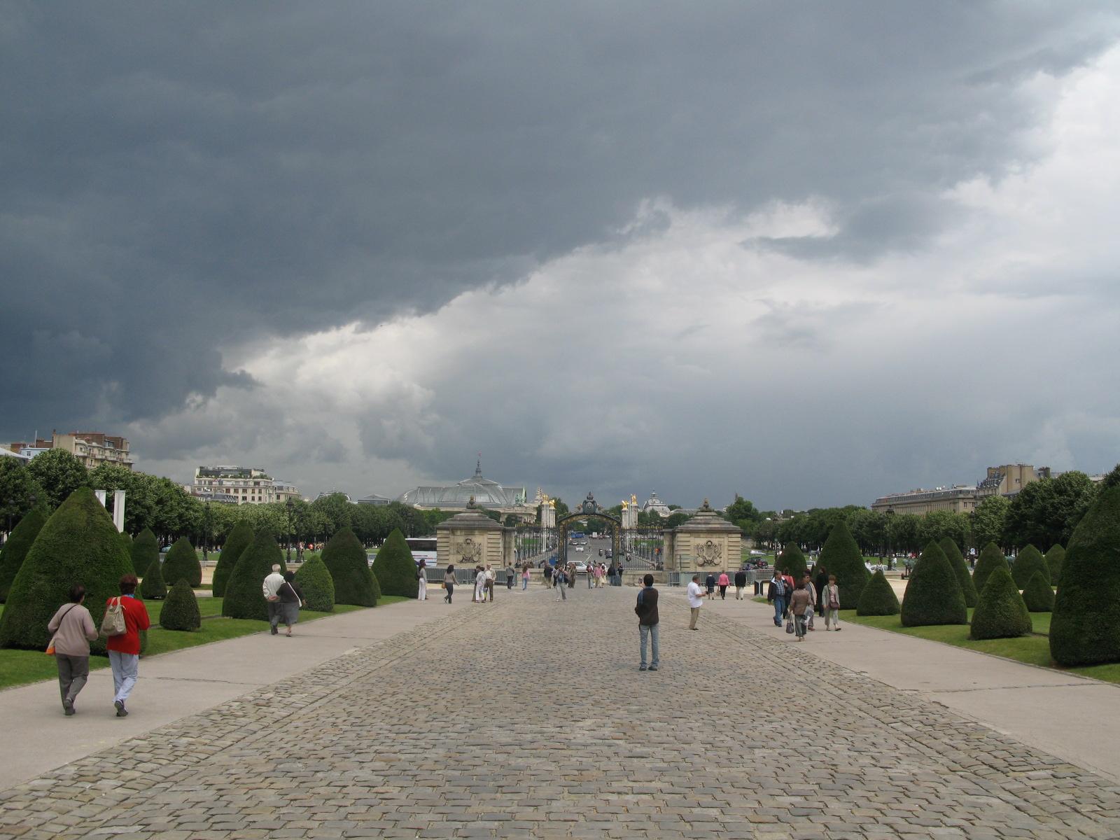 Jardines de los Inválidos y Puente de Alexandre III