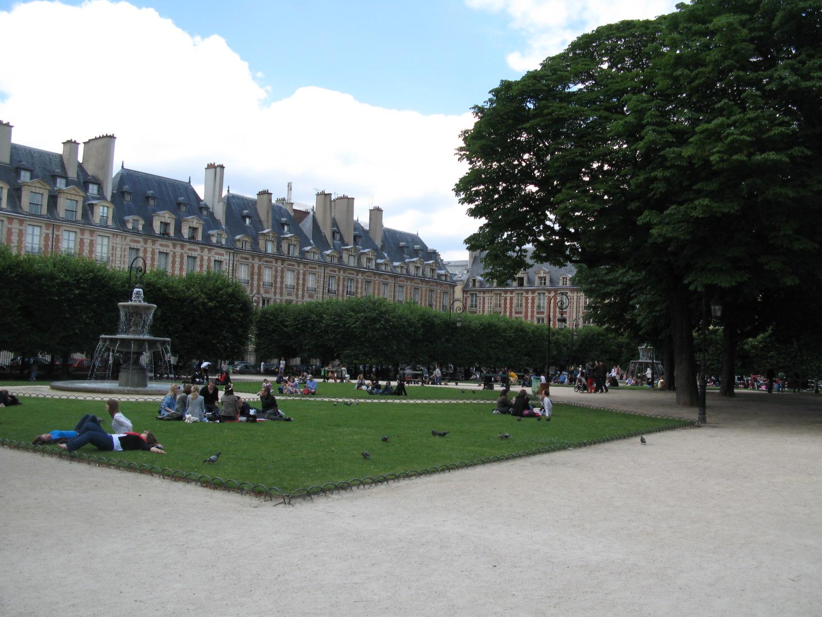 Plaza des Vosges en Marais