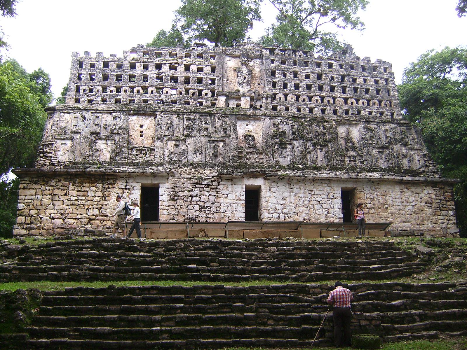 Edificio 33 de Yaxchilán