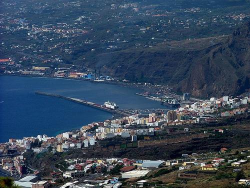 Santa Cruz de la Palma desde Puntallana @Flickr