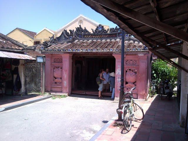 Entrada del puente de Hoi An