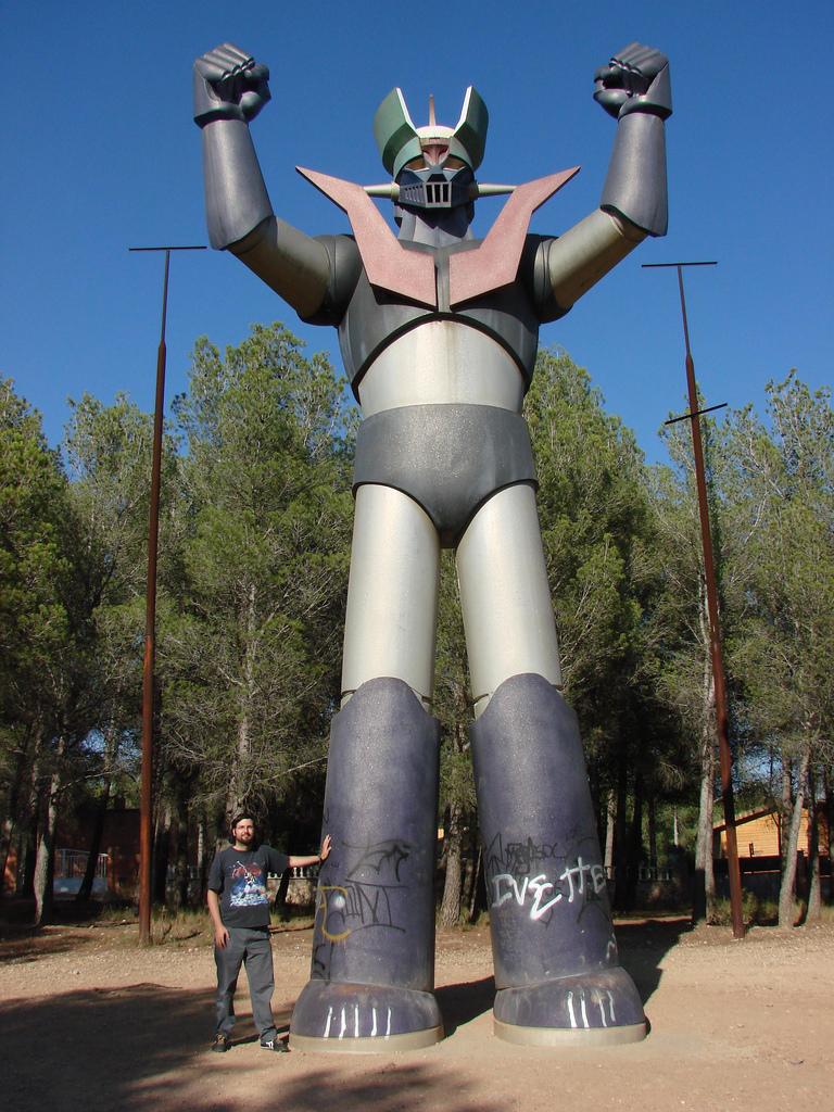 Figura de 10 metros de Mazinger Z