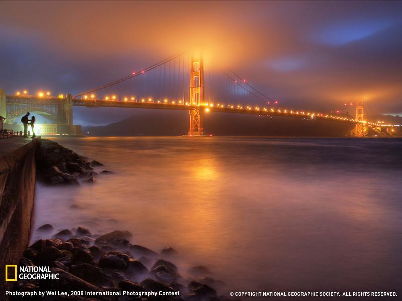 El puente Golden Gate de San Francisco en una romántica noche