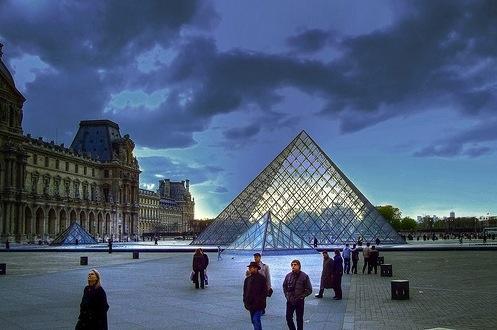 El museo del Louvre, en tu iphone