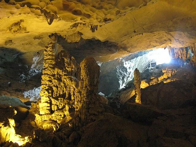 Cueva Thien Cung de Halong Bay