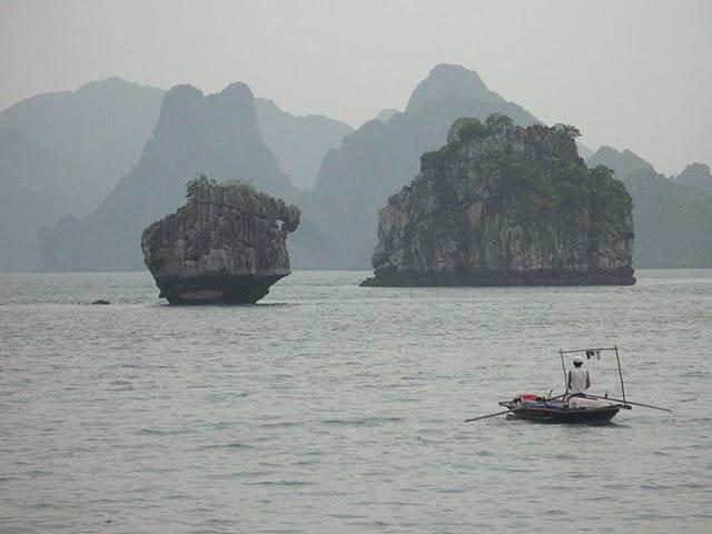 Islotes de Halong Bay