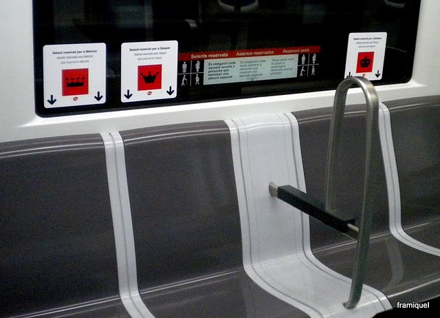 Asientos para los reyes Magos en el metro de Barcelona