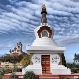 El monasterio budista Sakya Tashi Ling del Garraf