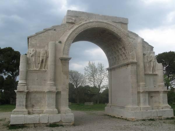 Arco de triunfo de Glanum en St Remy de Provence
