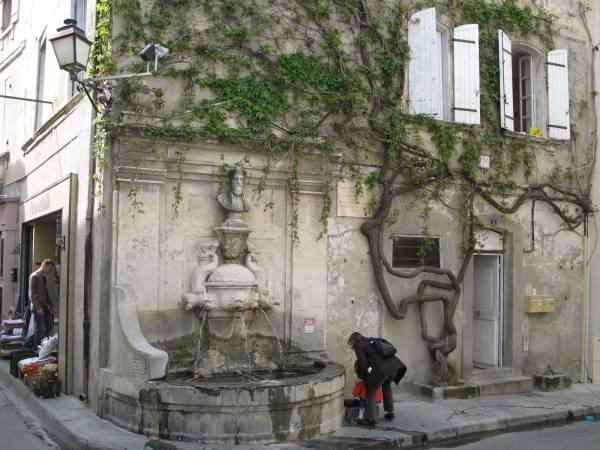 La fuente de Nostradamus en Saint Remy de Provence