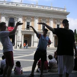 Haciendo cosas raras en Roma