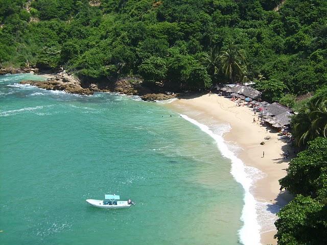 Puerto Escondido en la costa Pacífico de México