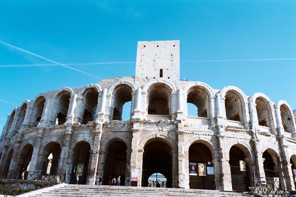 Visitar arles un tesoro escondido en la provenza francesa - Casas en la provenza ...