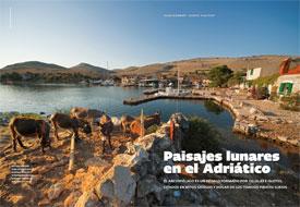 Altaïr y Croacia, islas de Croacia y paisajes lunares en el Adriático