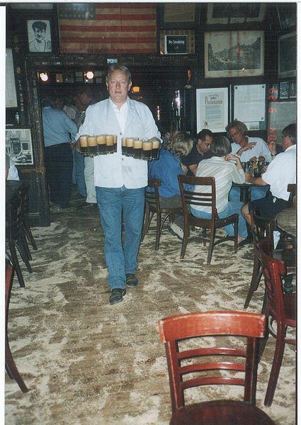 El camarero del Mcsorley's