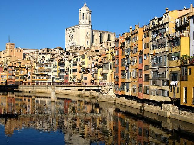 Girona, catedral y en río Onyar