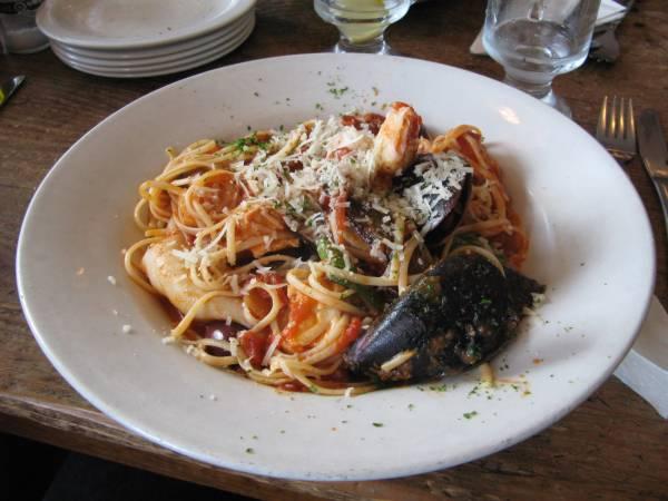 Linguini di mare del Cafe Olympia