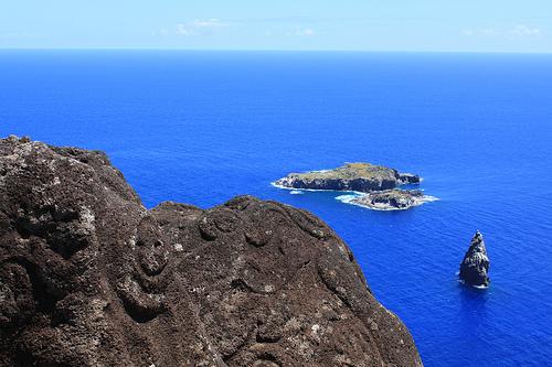 Vista del islote de los Hombres Pájaro desde Rano Kau @3viajes