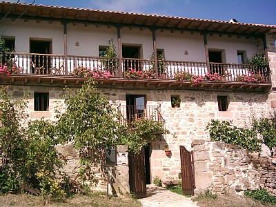 La Caléndula, fachada de la casa rural
