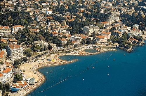 Playa de Opatija, en Croacia