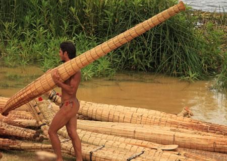 Un momento durante la competición de canoas @3viajes