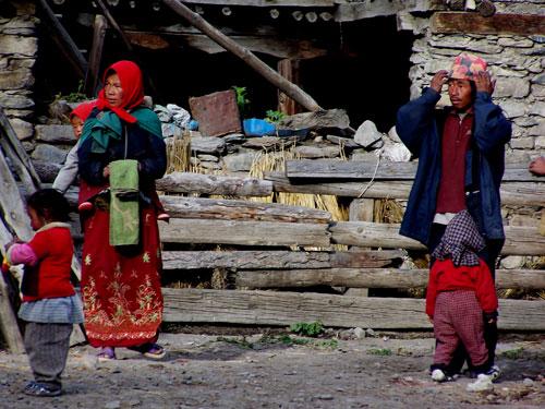 Familia una aldea cerca de Manang @3viajes