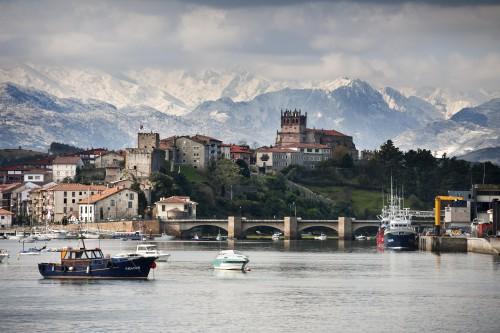 San Vicente de la Barquera @Oficina de Turismo de Cantabria