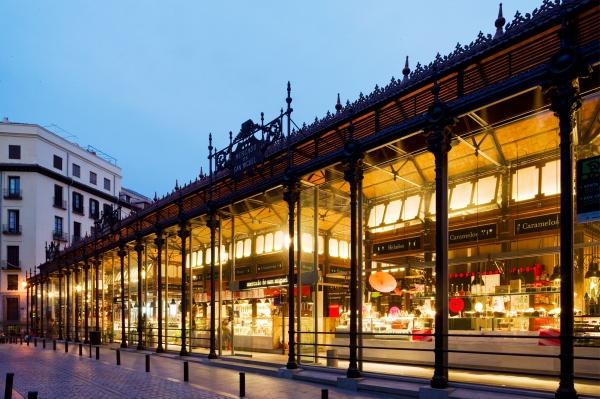 Iluminación del Mercado de San Miguel de Madrid