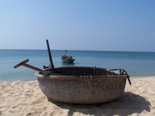 Barcas típicas vietnamitas en Phu Quoc